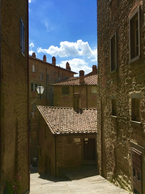 Via Santucci, Cortona ©Blogginginitaly.com