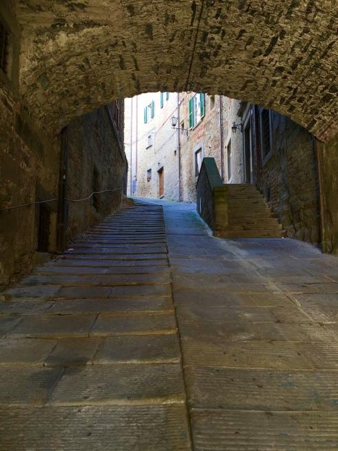 Via Santucci, (Our street), ©Blogginginitaly.com